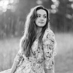 Sophia Fracassi_ Headshot_Cropped